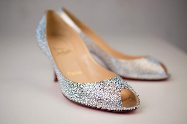 水钻鞋diy~ - 美鞋分享