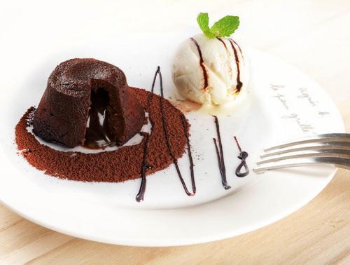 巧克力熔岩蛋糕半价优惠